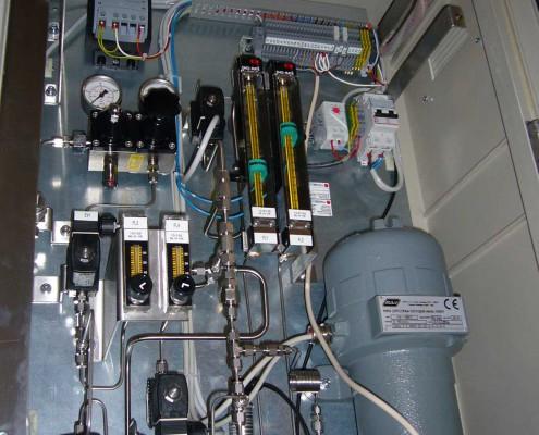 Coffret d'analyse O2 & H2O pour pureté Helium