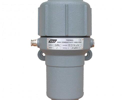 Analyseur à conductivité thermique
